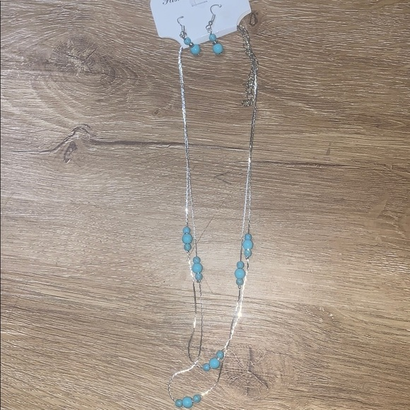 Jewelry - Turquoise silver necklace and earring set